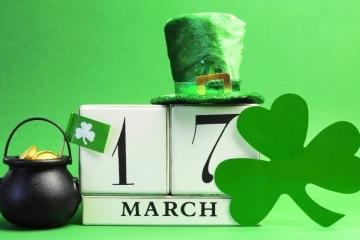 Сградата на Община Русе светва в зелено по повод националния празник на Ирландия