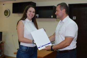 """По повод международния ден на младежта: Младежи ще участват в благотворителната кампания """"Капачки за Бъдеще"""""""