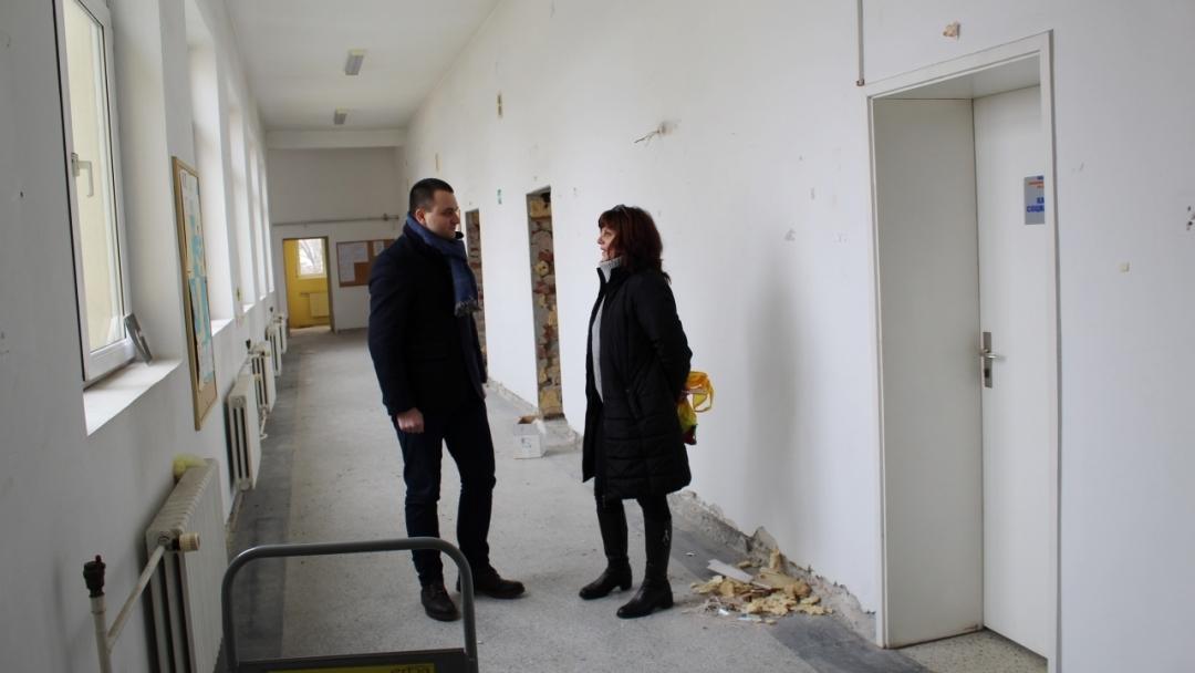 Стартираха дейностите по обновяването на Комплекса за социални услуги за деца и семейства