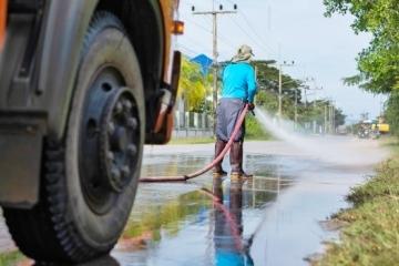 Започва миенето на улиците и булевардите в Русе