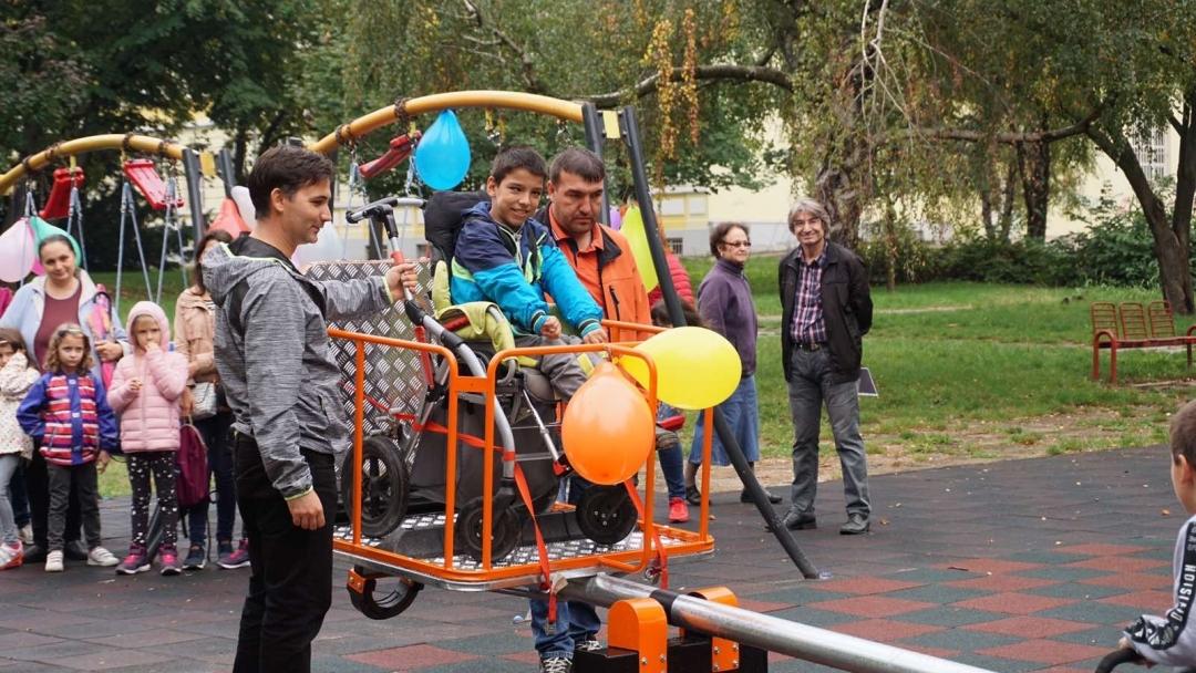 Първата люлка за деца с увреждания в  Русе е вече факт