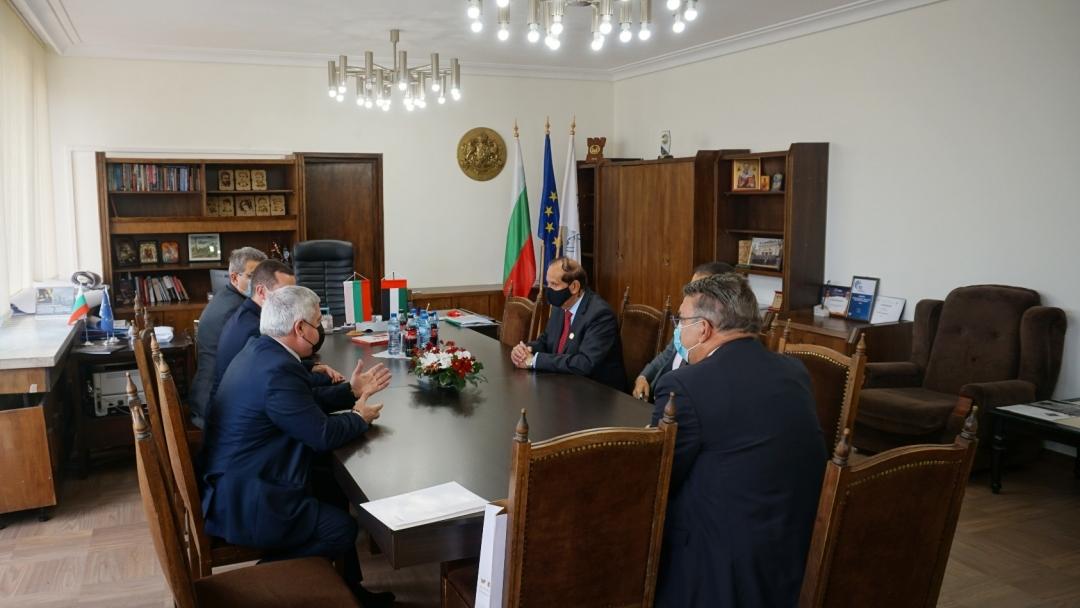Кметът на Община Русе се срещна с посланика на Обединените арабски емирства
