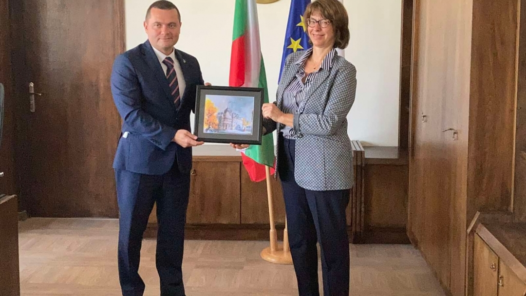Посланикът на Швейцария в официална среща с кмета на Община Русе
