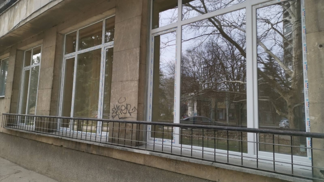 """Новият изнесен социален офис на Община Русе в бл. """"Скопие"""" ще използва самостоятелен вход"""