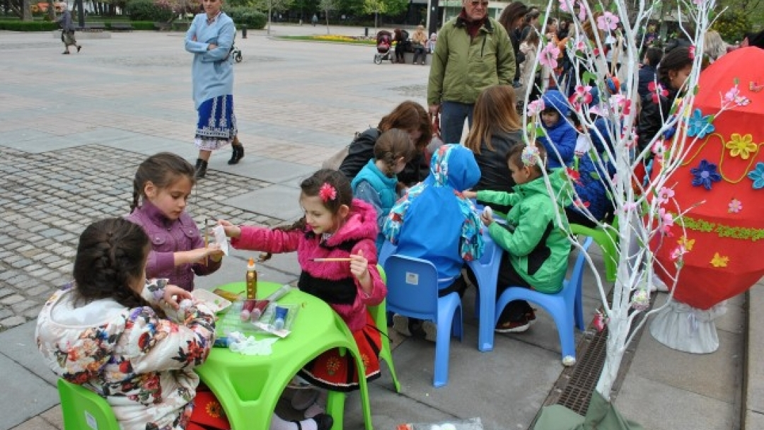 Около 120 деца се включиха във Великденска работилничка