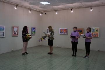 """Деца от ОУ """"Ангел Кънчев"""" представят своя изложба"""