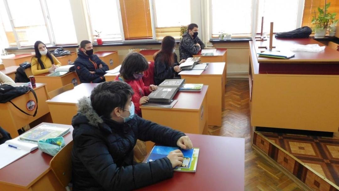 """Започна проект """"Съживени моменти от историята на Русе – дигитален офис за учащи"""""""