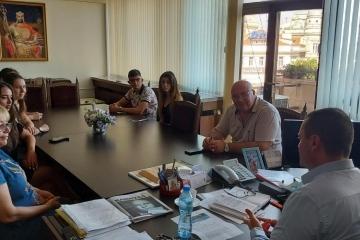 Общинският младежки дом и Община Русе организират национално състезание по дебати