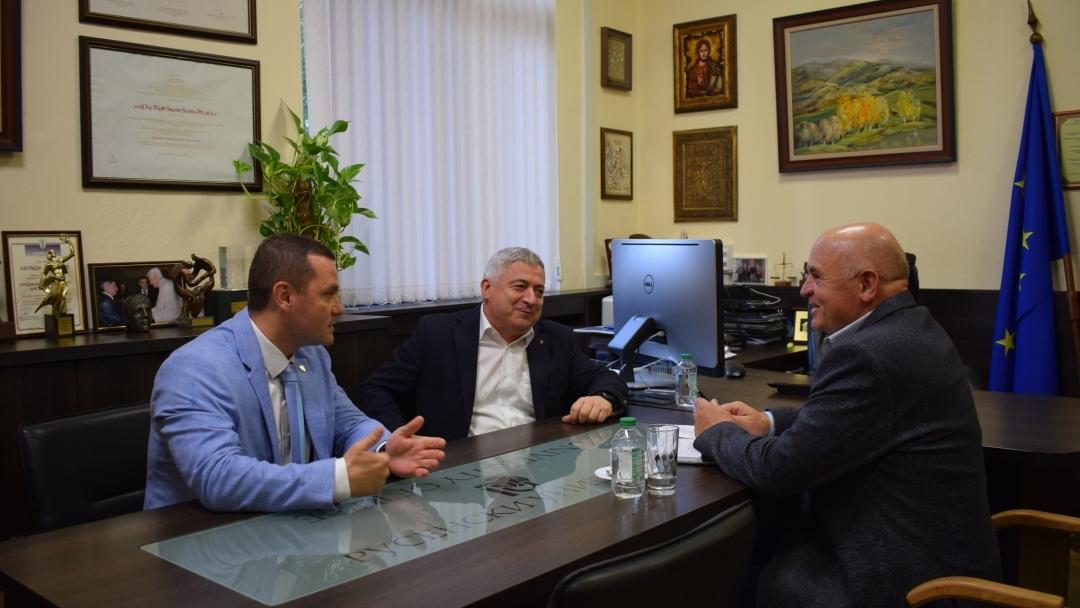 Mayor Pencho Milkov met Ivan Paslar the Chairman of the Taraclia district