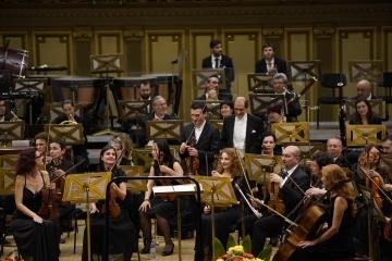Светлин Русев и Йорън Сон с 10 биса на Мартенските музикални дни. 60-ото издание на емблематичния за Русе фестивал ще се проведе при 50% капацитет