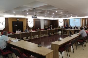 Наболели проблеми за Община Русе представи днес администрацията пред АПИ
