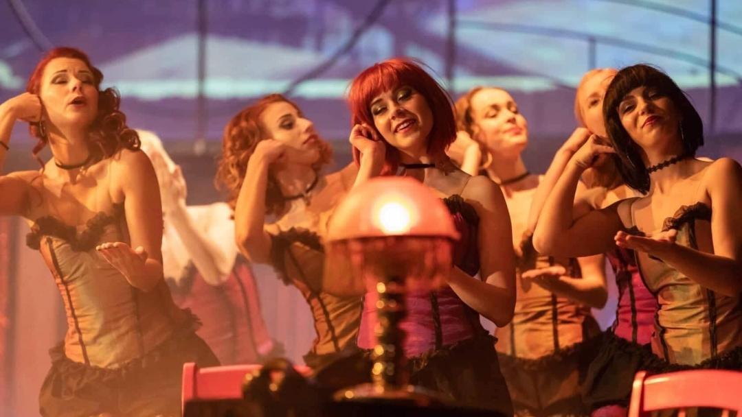 """Мюзикълът  """"Кабаре"""" е поредното културно изкушение за русенци и гости на града"""