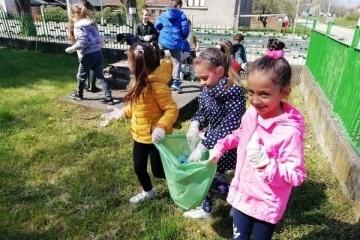 Детските градини в Русе отбелязаха деня на Земята